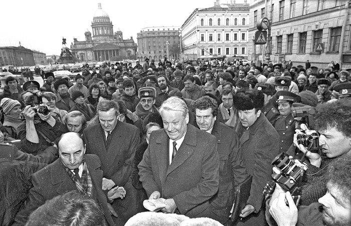 Загадка номер 5: фотография «Найди молодого Владимира Путина»