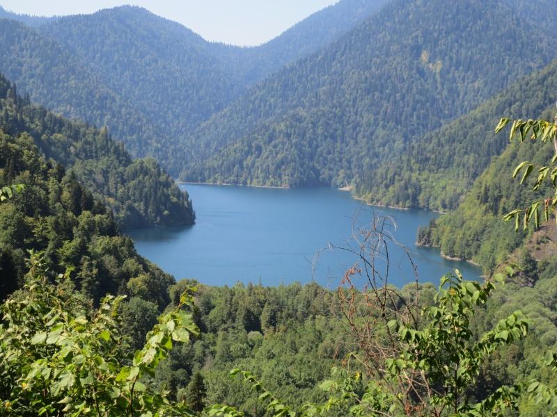 Волшебное озеро Рица
