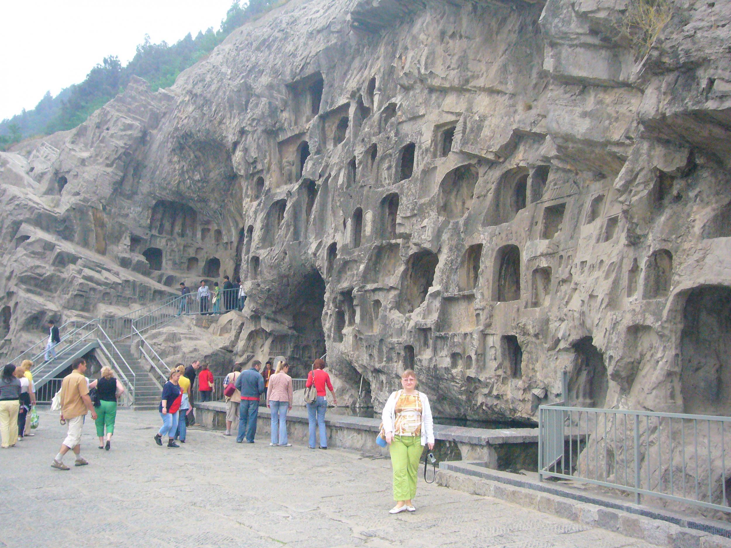 Храм Белой Лошади - первый буддийский монастырь Китая